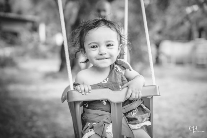 seance lifestyle bebe et enfant photographe gap hautes alpes