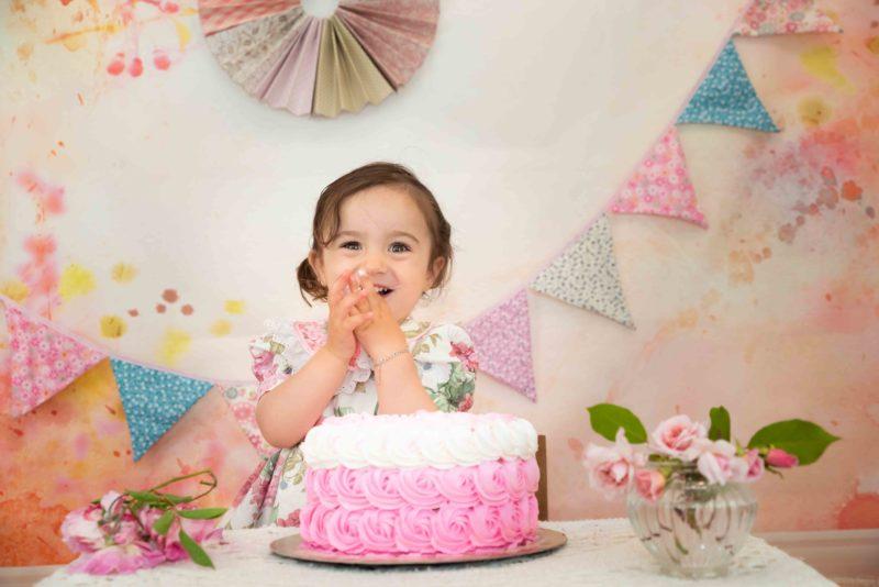 shooting smash the cake