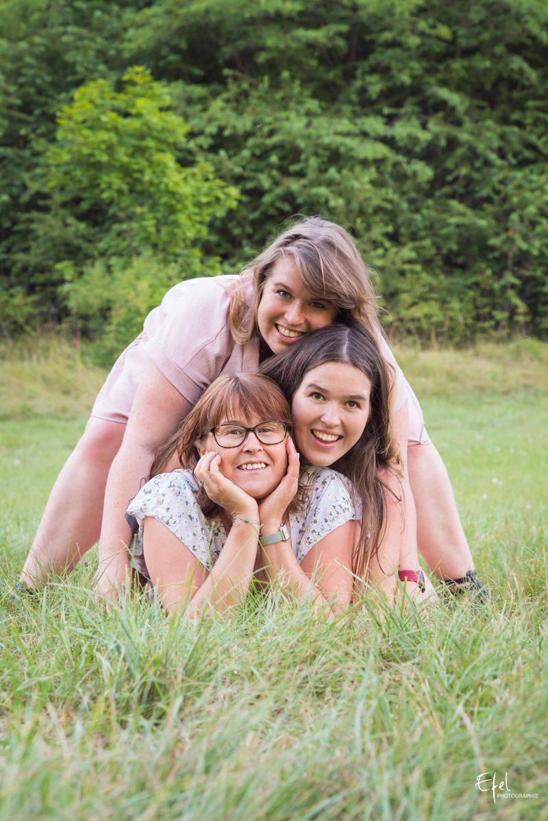 shooting famille à Gap mère et filles