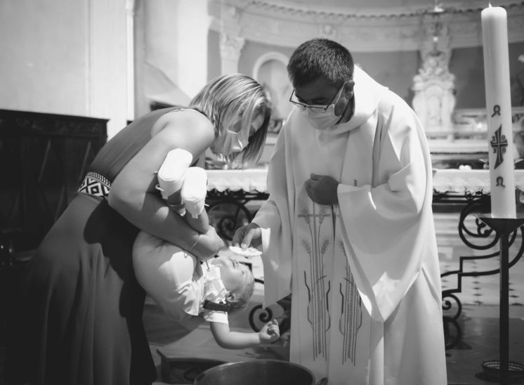 Photographe 05 Baptême et cérémonie religieuse hautes alpes