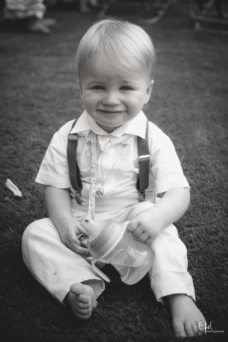 Bébé garçon sur son 31 baptême à Gap