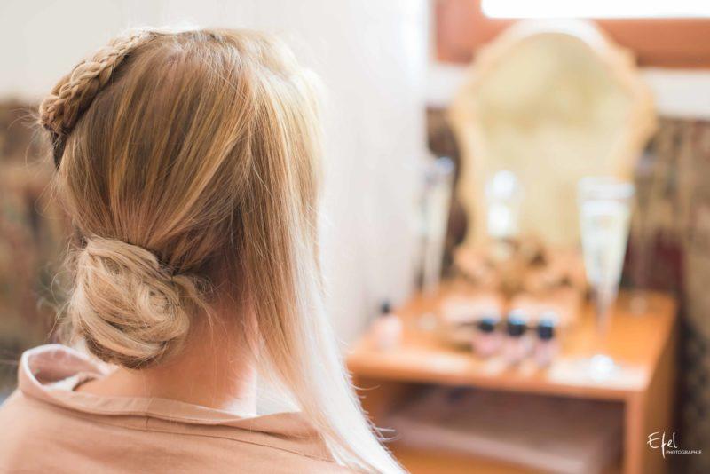 photos préparatifs coiffure de la mariée, reportage dans les Hautes Alpes et région PACA