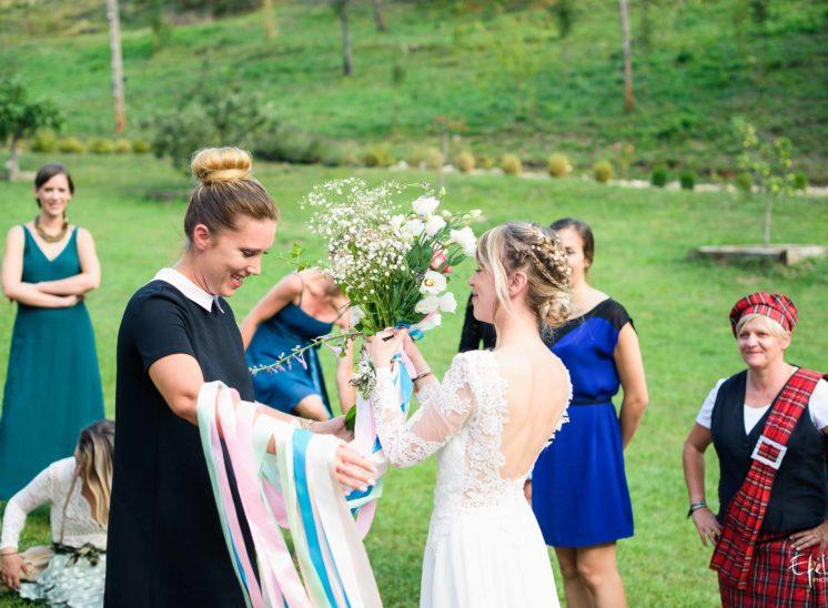bouquet et rubans pour le jeu du ruban mariage embrun