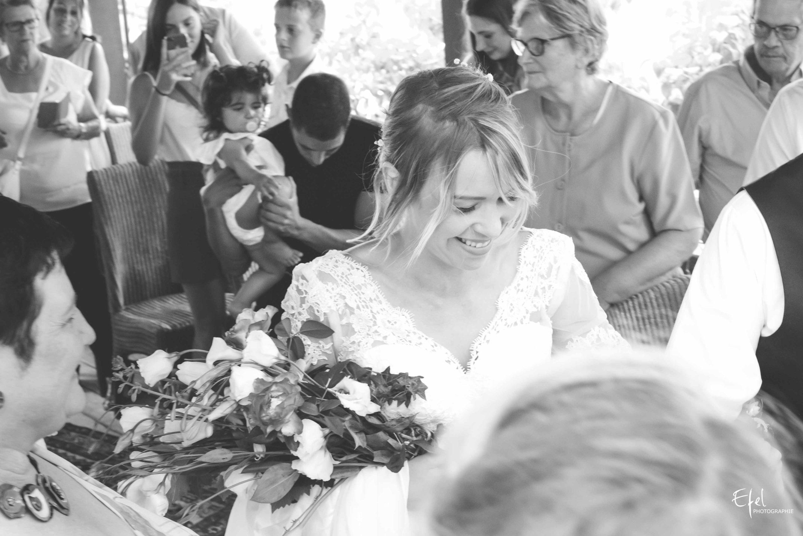 Entrée de la mariée cérémonie laïque de mariage - photographe mariage gap