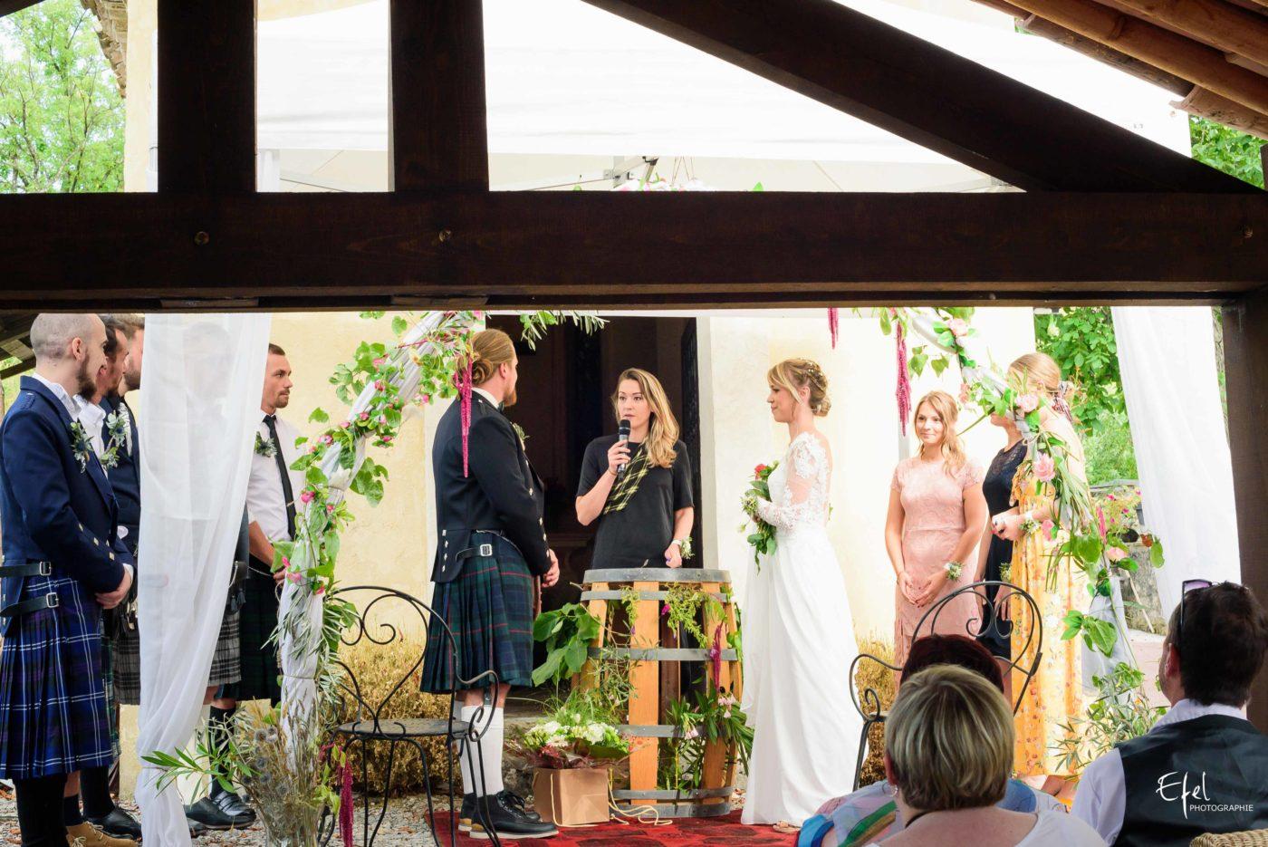 Cérémonie de mariage laïque - mariage original en kilt dans les Alpes Maritimes