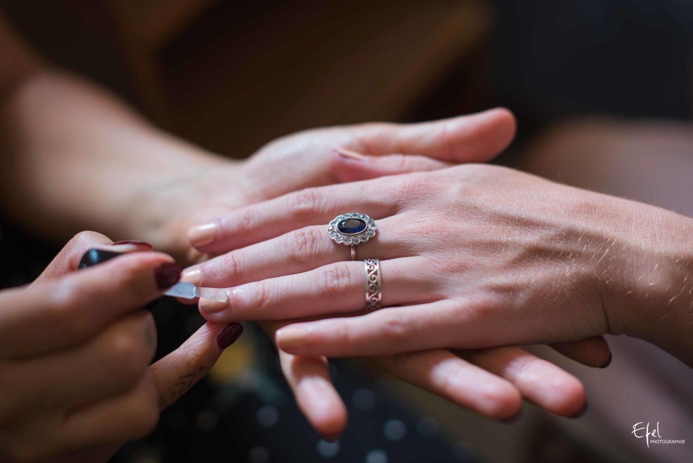Photo manucure mariée mariage en kilt à entrevaux