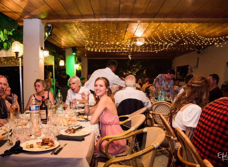 photos soirée mariage le repas de mariage photographe mariage gap