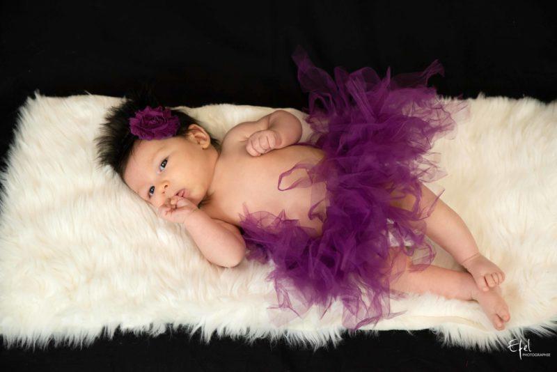 séance photo nouveau né - petite fille de 2 mois à Gap