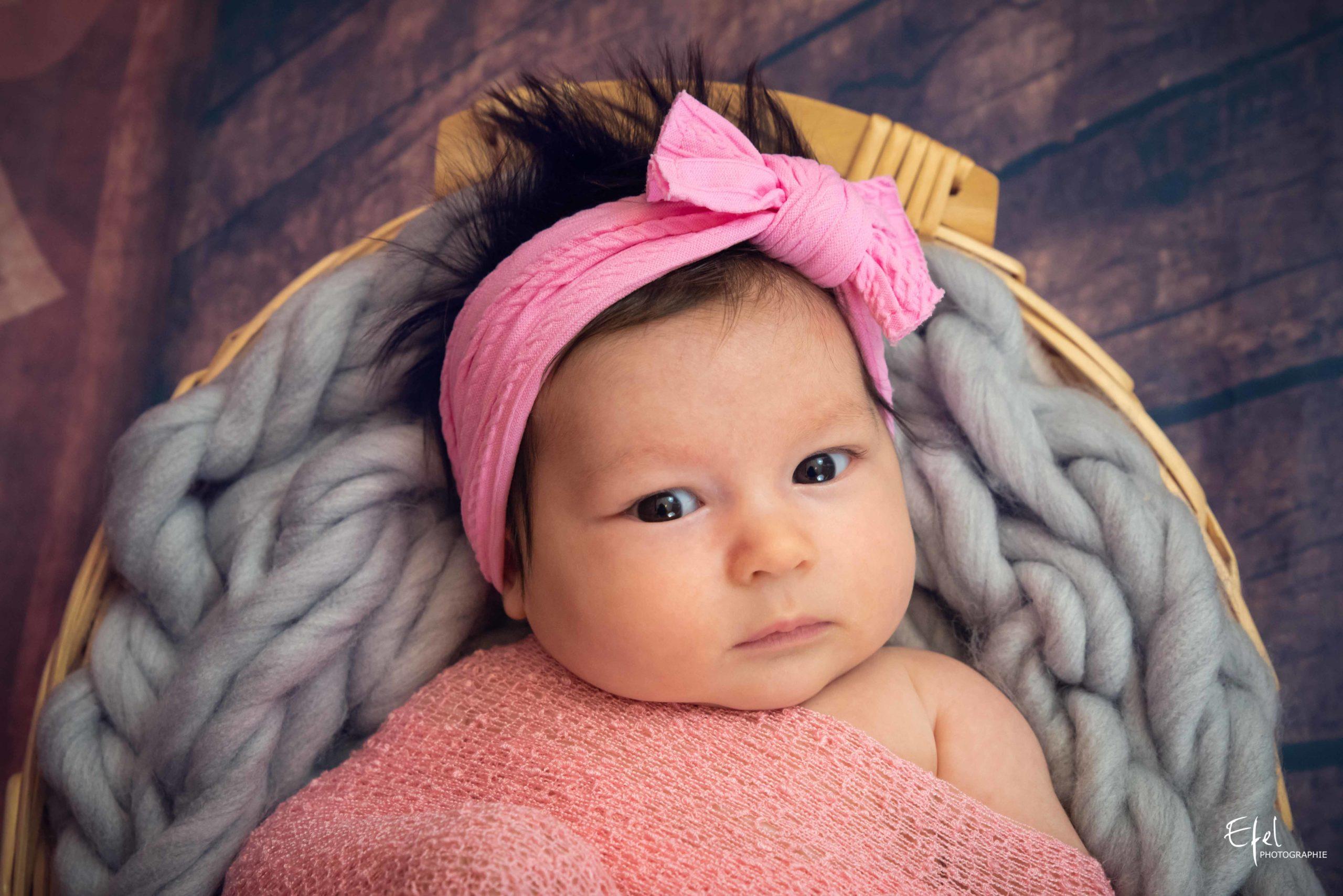 photographe naissance briançon bébé fille avec tutu