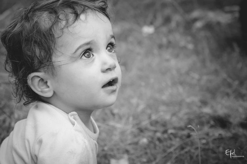 portrait bébé en nature photographe la batie neuve