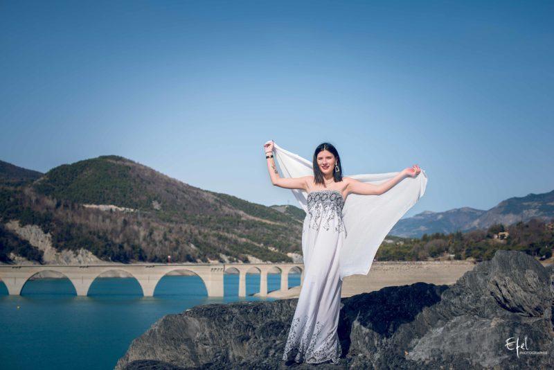 Photos de portrait Chorges aqueduc du lac de serre ponçon