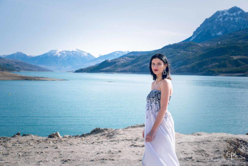 Photographe gap photos de portrait à Chorges près du lac de serre ponçon