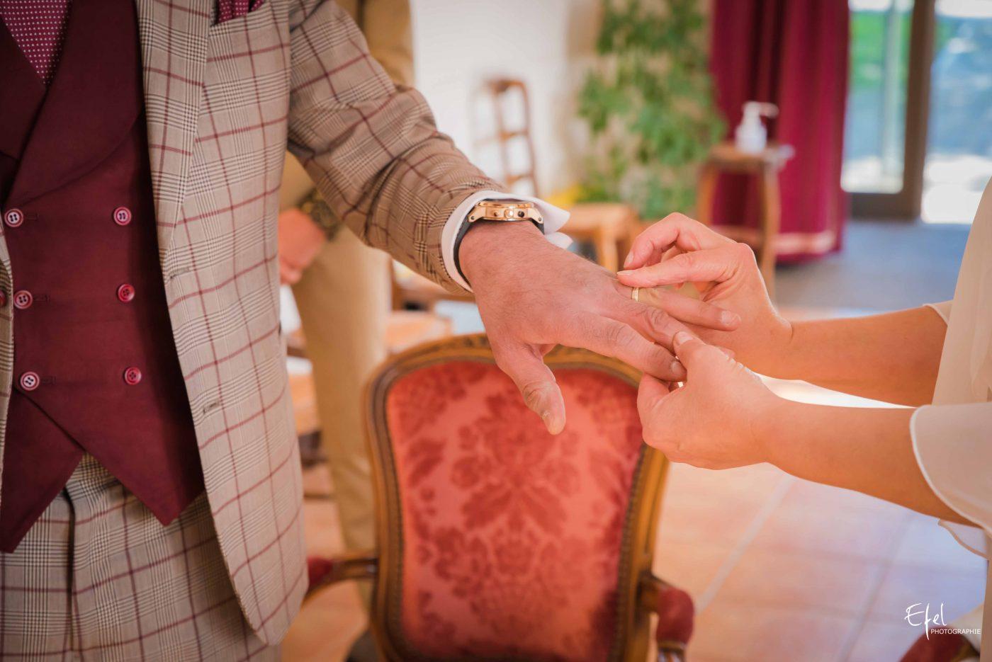 mariage gap bague au doigt
